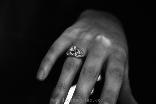 anel-brilhantes-3-quilates-diamantes-noivas