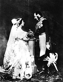 Vestidos-de-Noiva-Rainha-Victoria3