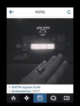Kim Kardashian postou em seu Instagram o anel de noivado